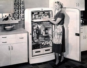 Love the vintage kitchen