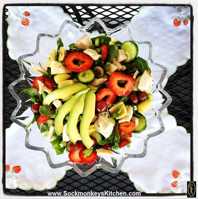 Summer Salad from Sockmonkeys Kitchen