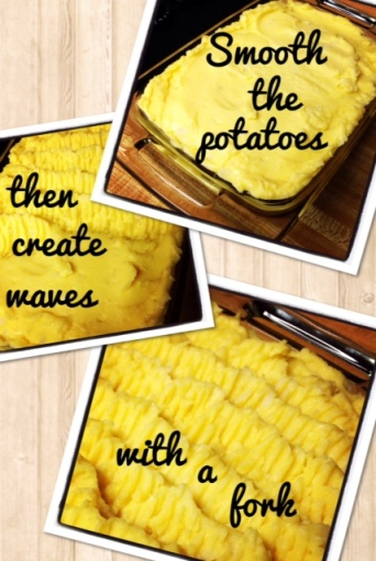 Here's how you make the waves. The more you make, the more crispy tops on the potatoes.